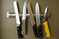 Як правильно доглядати за ножами на кухні