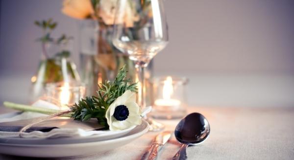 Як правильно сервірувати стіл до свята