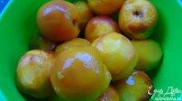 Як консервувати персики у власному соку