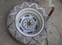 Як зробити великий вазон із шин для дачі самостійно