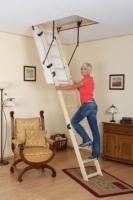 Як зробити розкладну драбину (сходи) на горище своїми руками