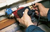Як збільшити тиск води в приватному будинку